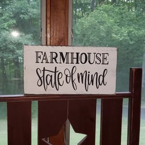 NEW Farmhouse Wooden FARMHOUSE STATE OF MIND sign